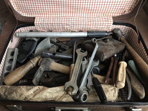 Коробка , ящик ручных инструментов
