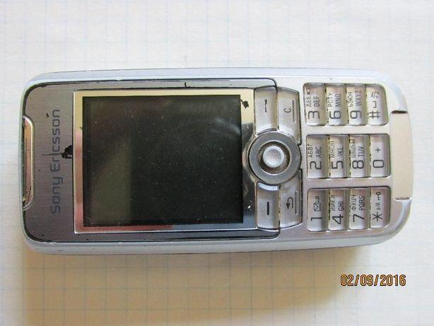 Продам телефон мобильный Сони-Эриксон 700i.