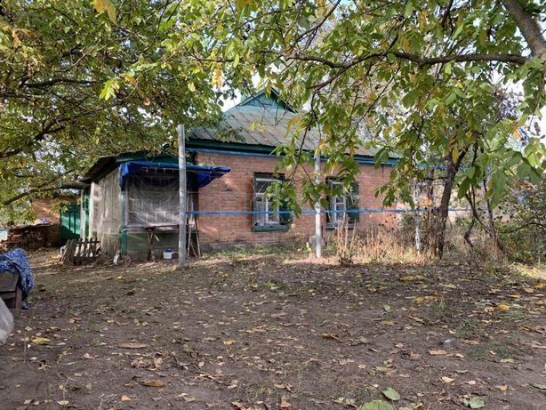 Дом и участок 25 соток под Полтавой в Малой Перещепине