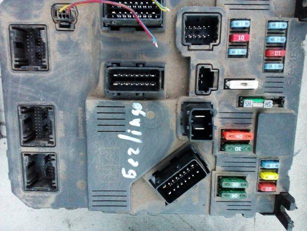 Блок запобіжників 1.6 дизель Сітроен Берлінго 2007