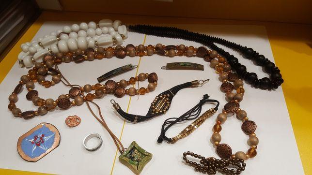 Zestaw biżuterii damskiej