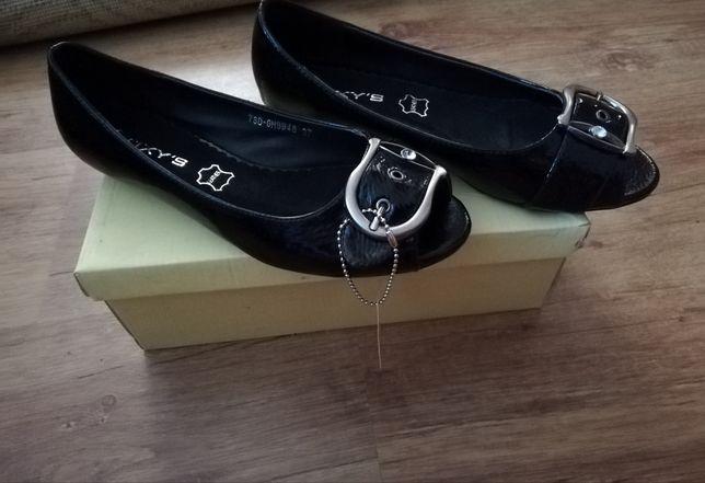 Pantofle czarne nowe rozm 37