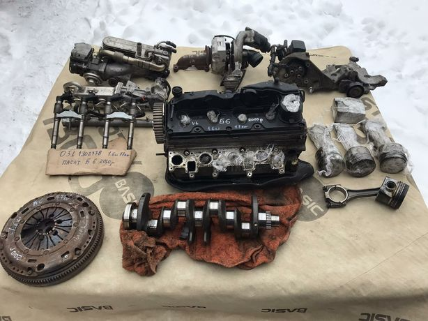 Головка Passat B6 1.6 дизель 77 кВт 2010р Пасат Б6 Турбіна Форсунки