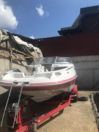 Моторная яхта FOUR WINNS F 224