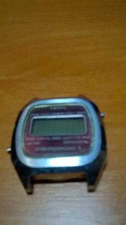 Продам часы электроника 5 кварц СССР