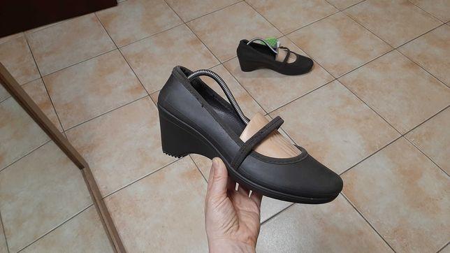 41р,стелька26,5см, Балетки,туфли,кроксы,ботинки Crocs Casey Espresso