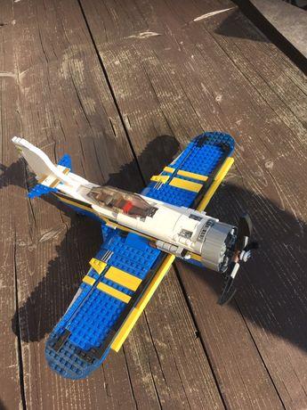 Samolot firmy Lego