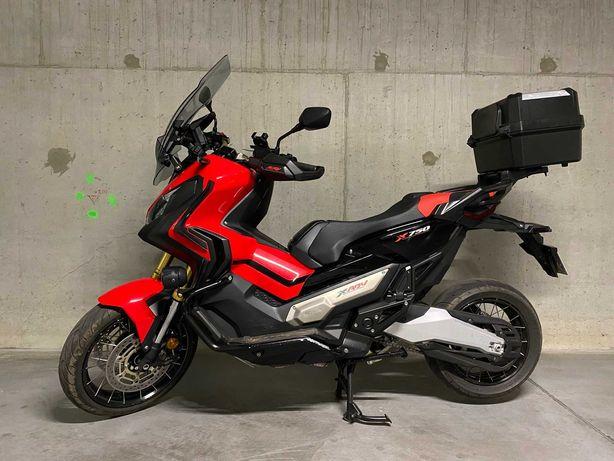 Motocykl Honda XADV 750