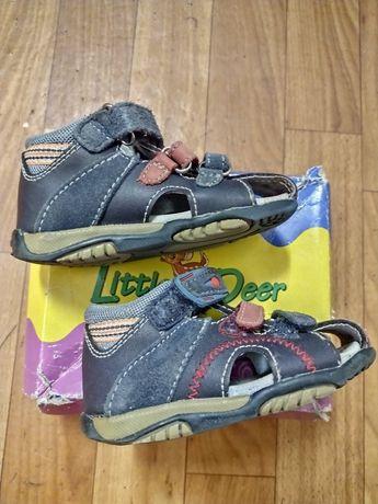 Детские сандалии кожаные сандали