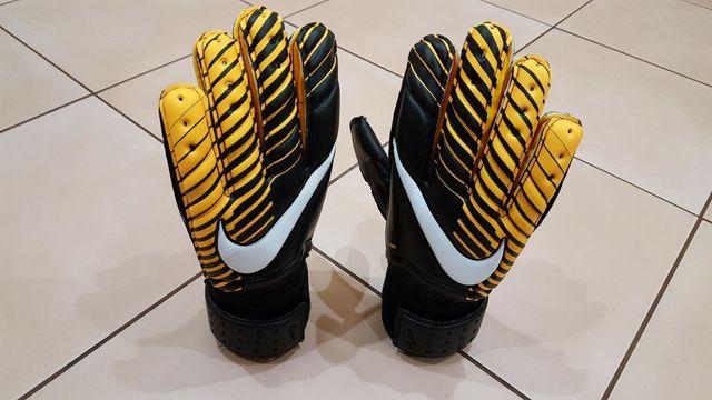 Rękawice bramkarskie Nike GK Spyne Pro r 7