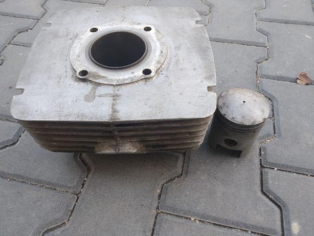 Cylinder tłok pierścienie cześć z silnika mz etz 250 251