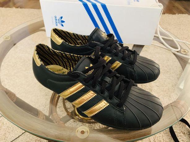 Adidas original кроссовки женские
