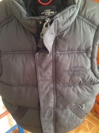 Теплая жилетка на мальчика H&M на 11-12 лет