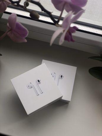 Продам Apple Airpods 2 оригинал