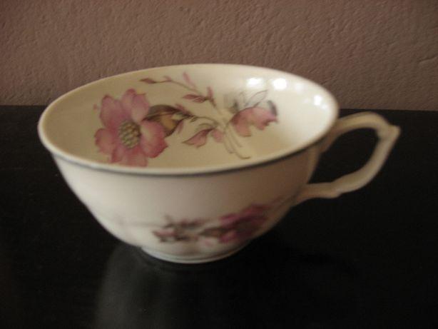 4 Filiżanki z powojennej porcelany C.T. Wałbrzych