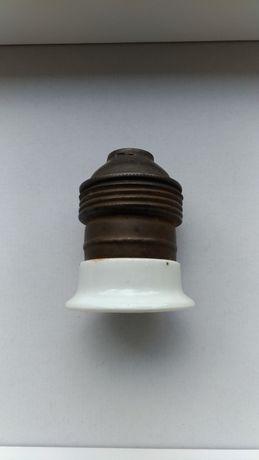 Stara oprawka do lampki żyrandola z porcelaną