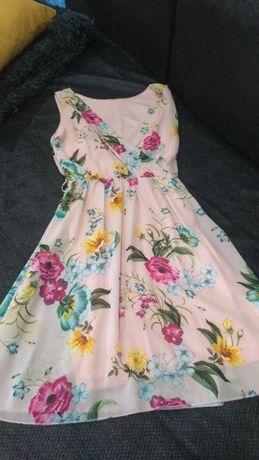 Vestidos novos disponíveis