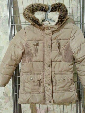 Пальто курточка на девочку