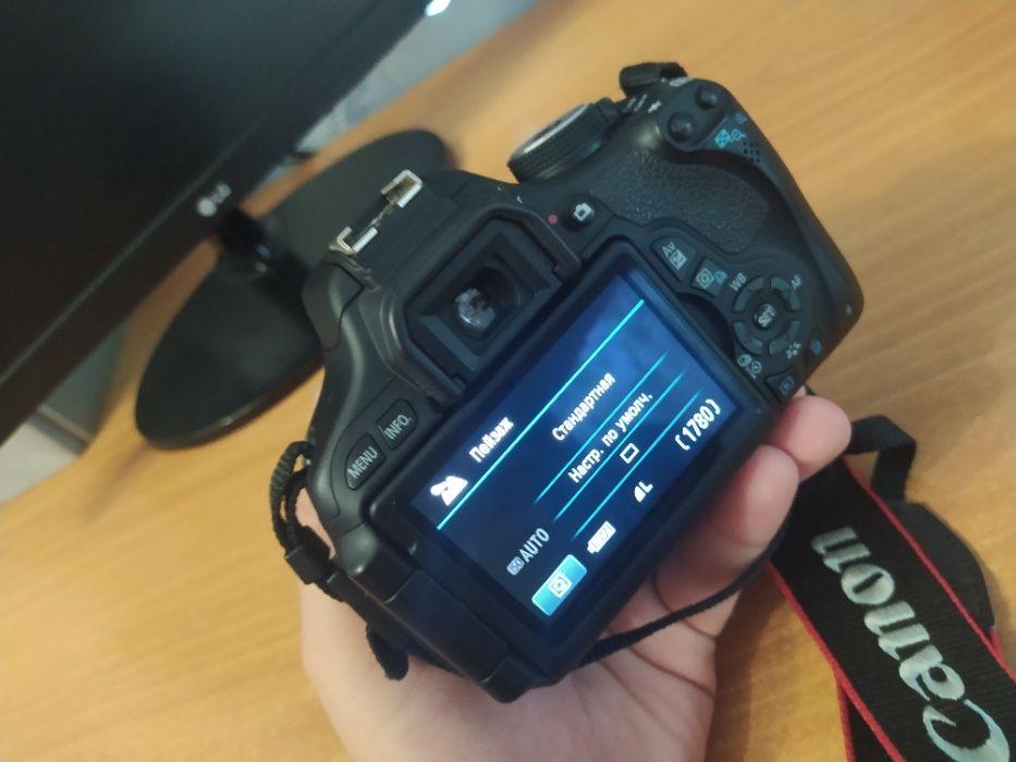 Зеркальный фотоаппарат Canon EOS 600D Kit 18-55 Новомосковск - изображение 1