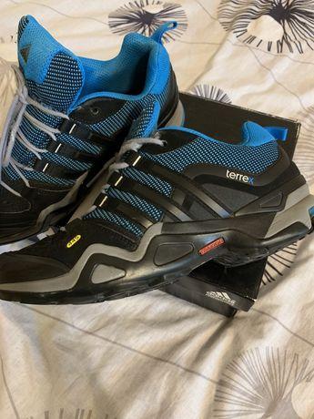 Adidas зима
