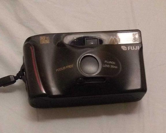 Máquina fotográfica Fugi analógica