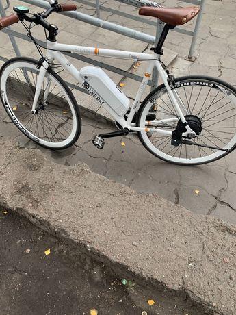 Электровелосипед 60-70км електро велосипед шоссейник