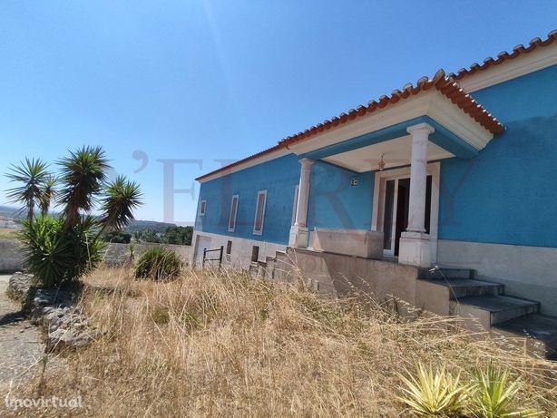 Moradia T4 em Pontével (Cartaxo)