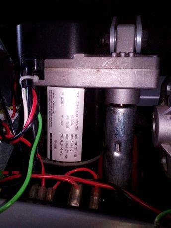 Электропривод беговой дорожки с редуктором, (подъема и наклона)