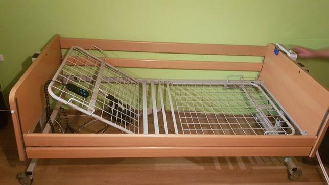 Łóżko rehabilitacyjne z mechanizmem podnoszenia