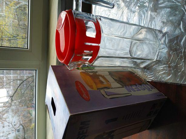 Кувшин для напитков стеклянный,1,5л Турция