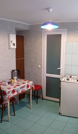 Срочно сдам 3 комнатную квартиру