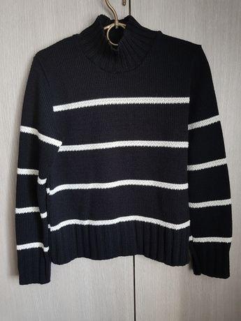 Czarny sweter z półgolfem 36 S