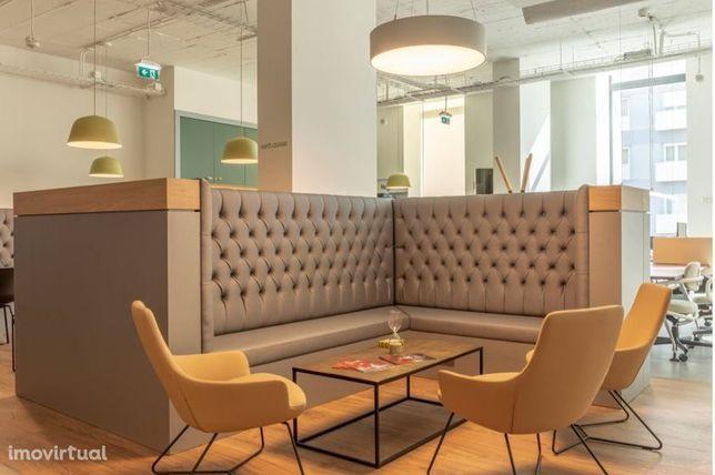 Escritórios mobilados e equipados inseridos em novo centro de negócios