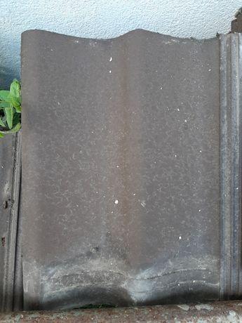 Dachówka betonowa Euronit S brązowa używana.