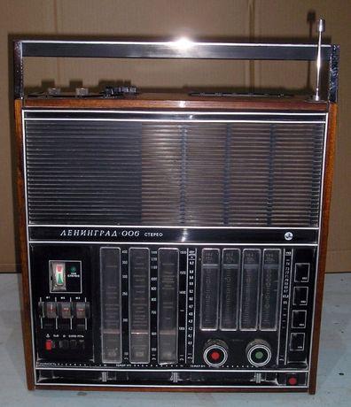 ретро радиоприёмник Ленинград 006 стерео в рабочем состоянии