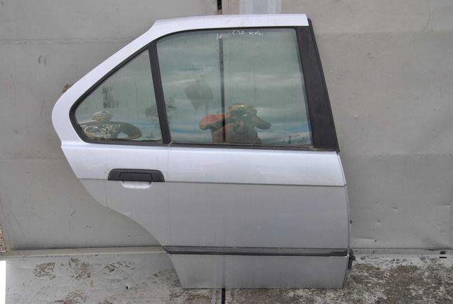 Drzwi prawy tył BMW e36 sedan