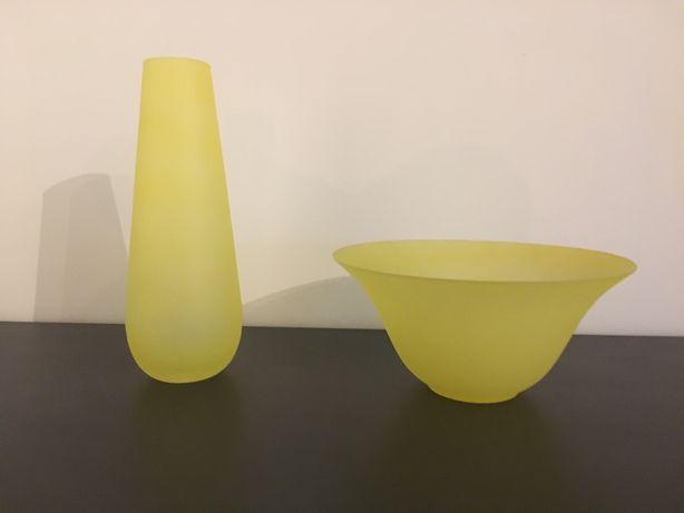 Conjunto jarra e taça