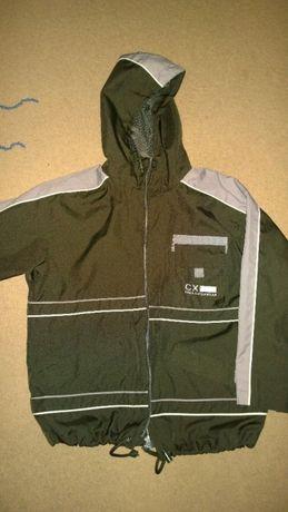 Куртка детская на мальчика 10-12 лет.