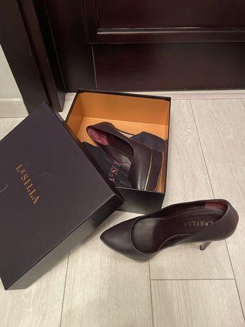 Продам оригинальные туфли Le silla нга 37.5-38 размер