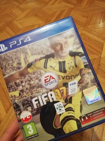 Gra na konsole FIFA 17 PS4