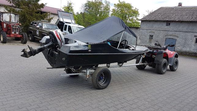łódż motorowa
