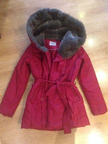 Bardzo ciepła czerwona kurtka zimowa Carry rozmiar M
