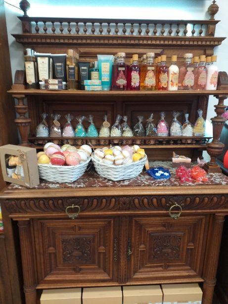 Kosmetyki Naturalne, Mydła, Perfumy, Świece zapachowe