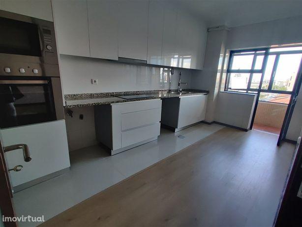 T3 Duplex-Vila do Conde-garagem