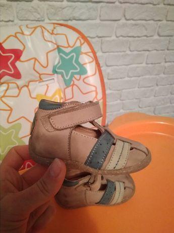 Туфельки туфлі ботинки черевички 18 р.