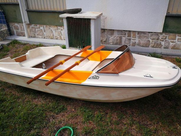 Barco 3 metros Obe & Carmen Lda