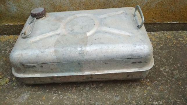 Продам алюминиевую канистру 35 л.