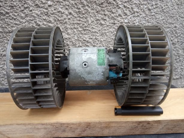Продам мотор печки БМВ 525.