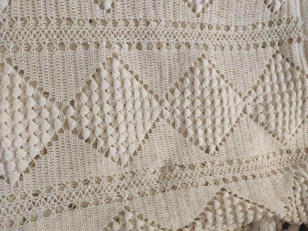 Colcha para Cama Casal em crochet feita à Mão