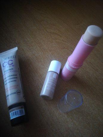 Zestaw kosmetyki podkłady make up